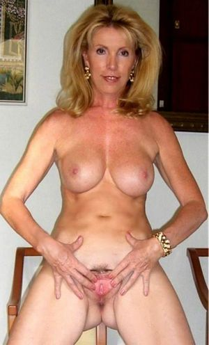 Nude mom gif