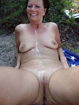 mature mom gets fucked