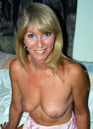 milfs getting naked