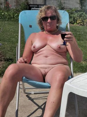 amateur milf vacation