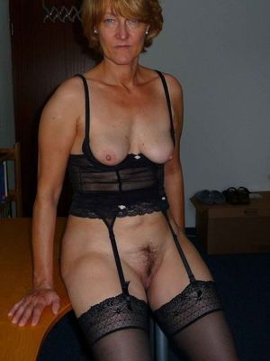hairy grannie pussy