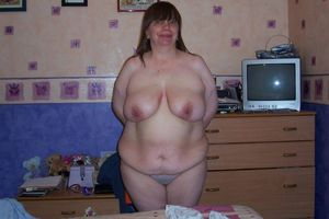 hot mature nude women