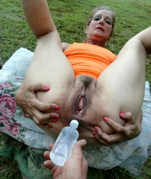 mature pussy squirt