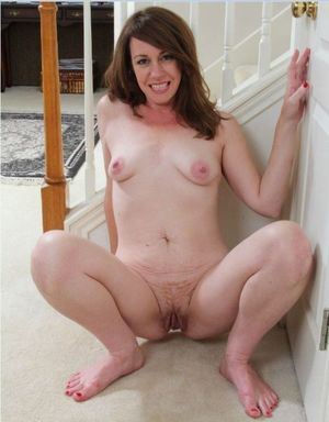 milfs licking pussy
