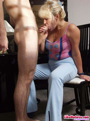 blonde mom fucked