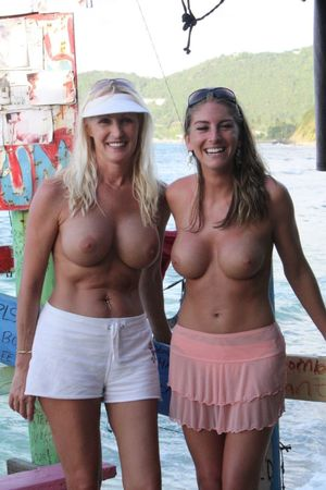 nudist mother and daughter