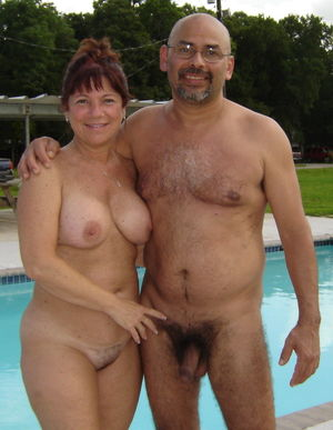 nudist mom porn
