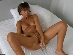 milf blowjob homemade