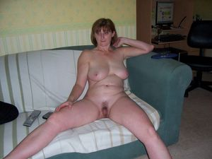 mature nude wife pics