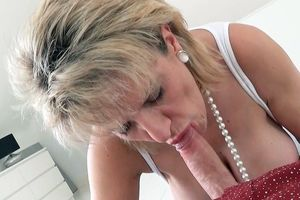 mature boobs porn