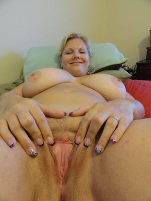 beautiful nude grannies