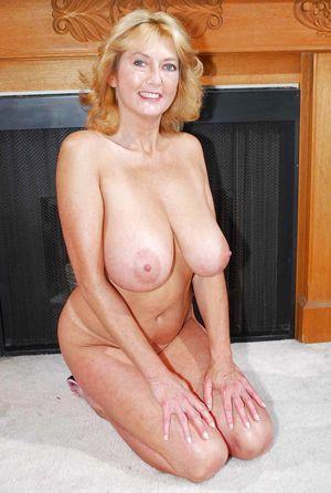Mom nude stiflers 15 Steamy