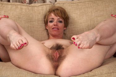 Pussy moms hairy MOMS HAIRY